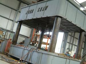 700-tonne-press