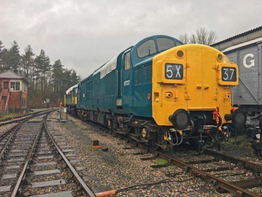 D6737 at Buckfastleigh - Adam Howard